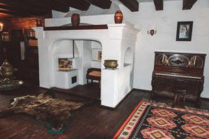 TripLife Castello-di-Bran_3-300x200